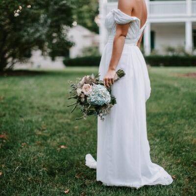 Five Things to Know Before Buying a Wedding Dress